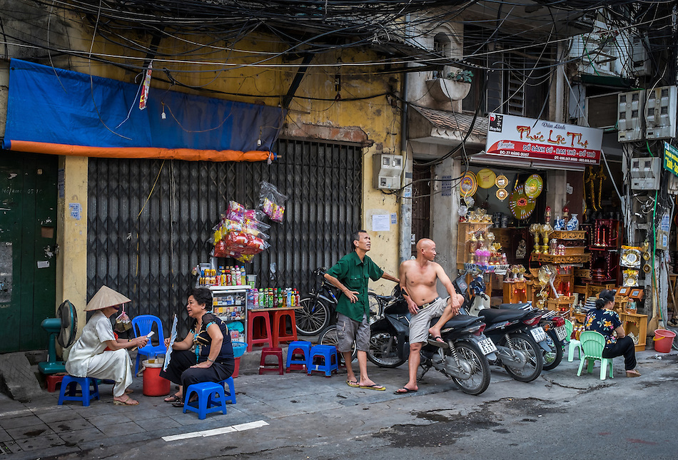HANOI, VIETNAM - CIRCA SEPTEMBER 2014:  Typical street of the Old Quarter in  Hanoi, Vietnam. (Daniel Korzeniewski)