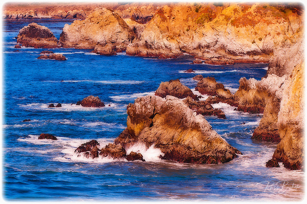 Rocky coastline on the Big Sur coast, Big Sur, California (Russ Bishop/Russ Bishop Photography)