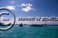 Stingray City, Grand Cayman (Steven W Smeltzer)