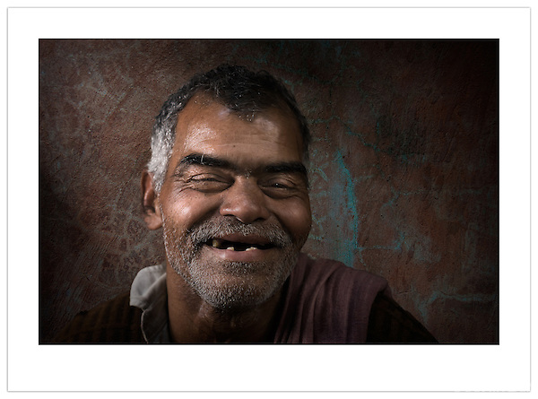 Portrait of a street vendor, Chandni Chowk, Old Delhi, India (Ian Mylam/ Ian Mylam (www.ianmylam.com))