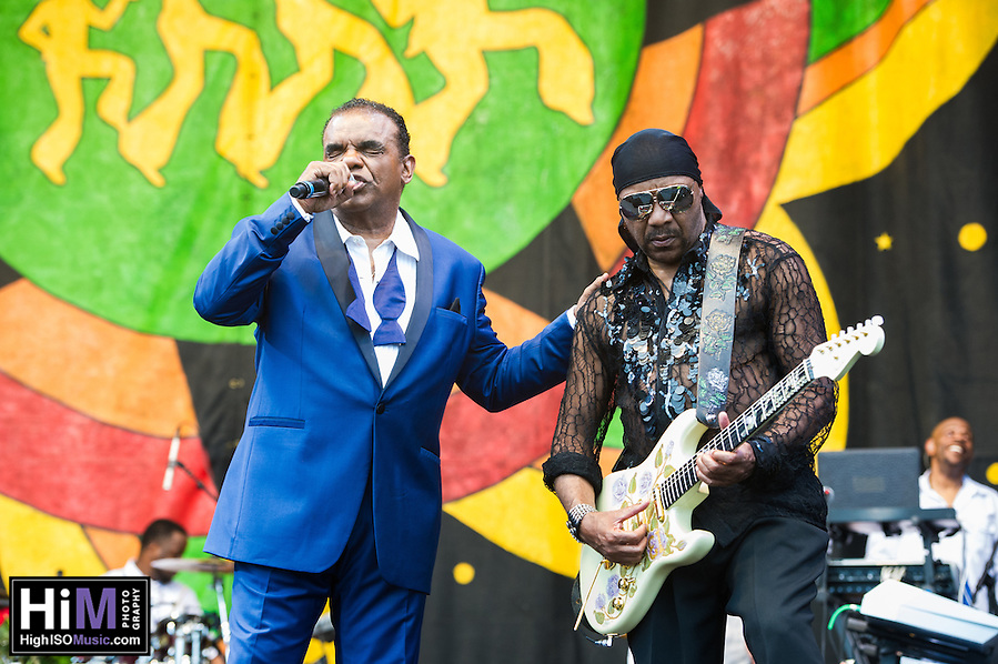 The Isley Brothers perform at Jazz Fest 2016. (HIGH ISO Music, LLC)