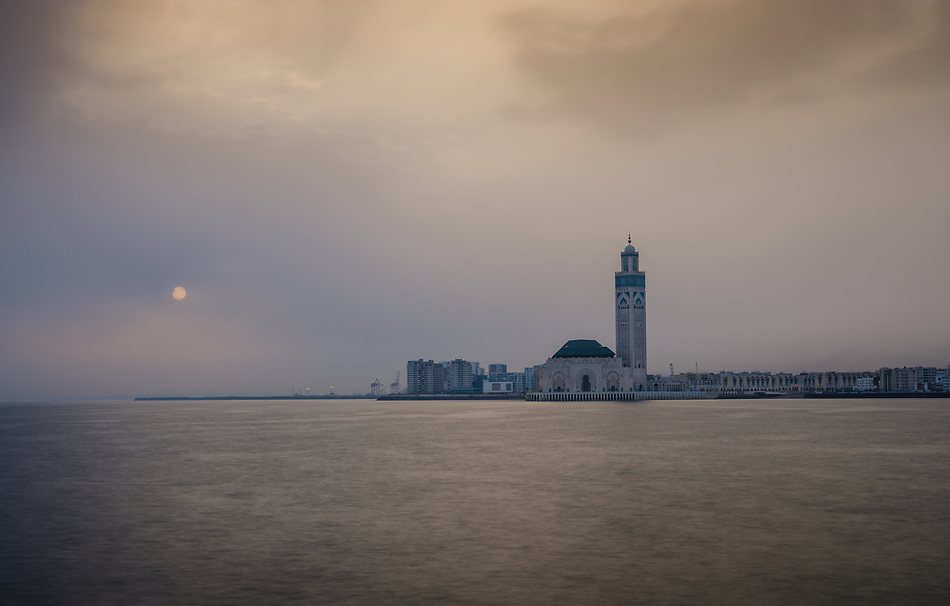 CASABLANCA, MOROCCO - CIRCA APRIL 2017:  Mosque Hassan II in Casablanca at Sunrise (Daniel Korzeniewski)