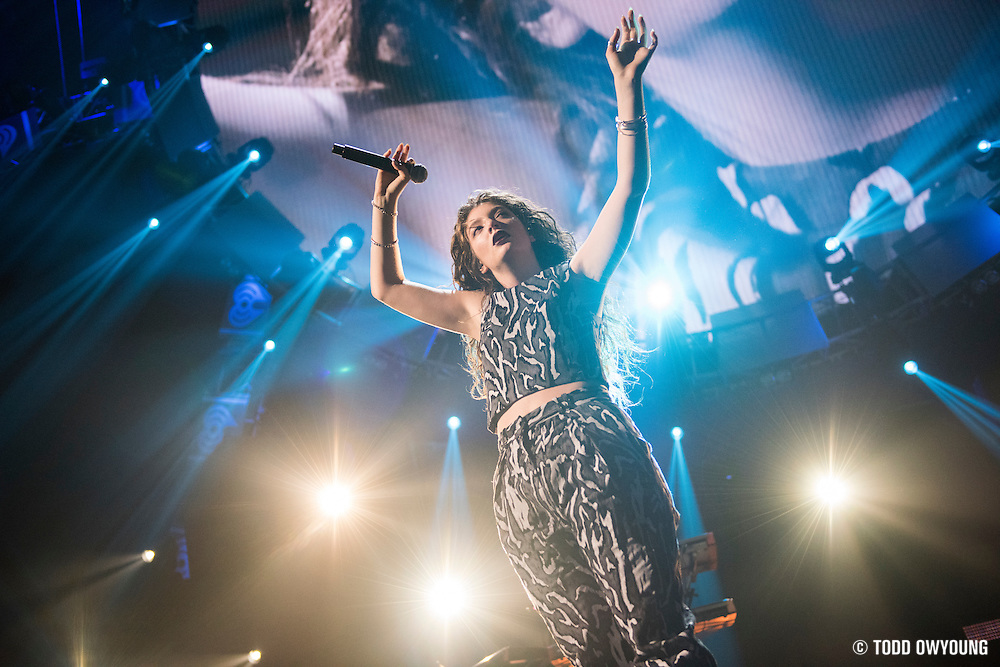 Lorde performing at the iHeartRadio Music Festival at the MGM Grand Arena in Las Vegas, Nevada on Sepembter 20, 2014. (Todd Owyoung)
