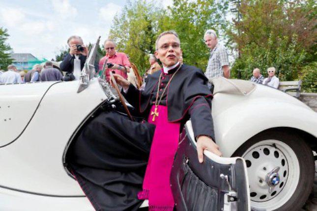 Franz-Peter Tebartz-van Elst el multimillonario obispo