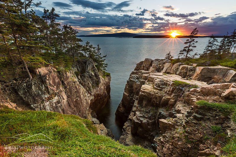 Sunset from the Schoodic Peninsula in Maine's Acadia National Park. Raven's Nest. (Jerry and Marcy Monkman)