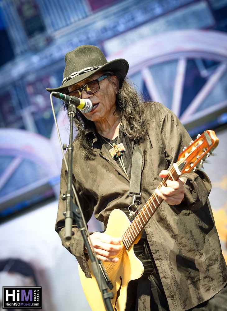 Rodriguez performs on Day 3 of the 2014 New Orleans Jazz and Heritage Festival. (HIGH ISO Music, LLC)