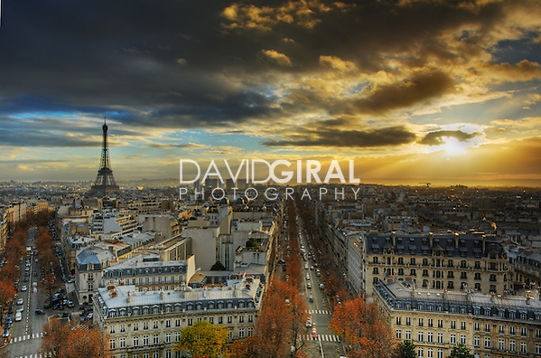 Amazing sunset on Paris Skyline taken from Arc de Triomphe (David Giral/David Giral Photography)