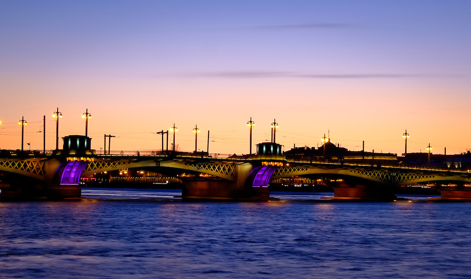 View of one of the many bridges over the Neva River in Saint Petersburg, Russia. (Daniel Korzeniewski)