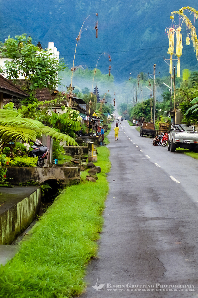 Bali, Tabanan, Batukau. A small village located high up on the southern slopes of Gunung Batukau. (Photo Bjorn Grotting)