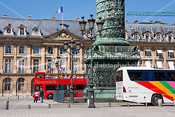 tour bus on Place Vendôme Paris France in May 2008 (Christopher Holt LTD - LondonUK, Christopher Holt LTD/Image by Christopher Holt - www.christopherholt.com)