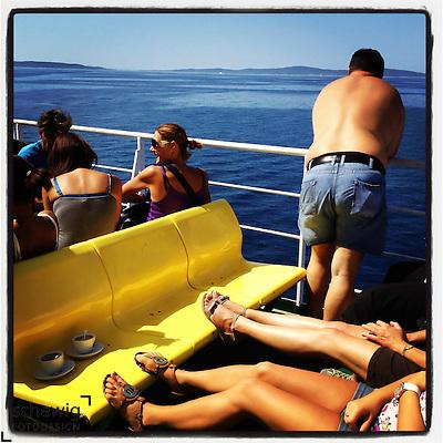 Passagiere auf der Faehre, Kroatien (dieter schewig)