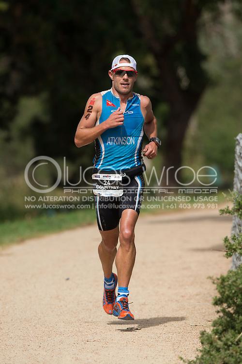 Courtney Atkinson (AUS), March 23, 2014 - Ironman Triathlon : Run Course. Ironman Melbourne Race, Run Course Between Frankston And St Kilda, Melbourne, Victoria, Australia. Credit: Lucas Wroe (Lucas Wroe)
