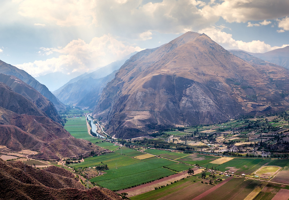 URUBAMBA PROVINCE, CUSCO, PERU - CIRCA OCTOBER 2015: View of the Urubamba River and Valley in the Cusco region known as Sacred Valley in Peru. (Daniel Korzeniewski)