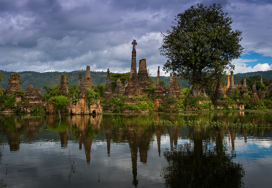 INLE LAKE, MYANMAR - CIRCA DECEMBER 2013: Stupa ruins in Sankar village (or Samka ). A small village located in the south of Inle Lake. (Daniel Korzeniewski)