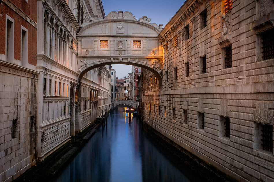 VENICE, ITALY - CIRCA MAY 2015: Bridge of Sighs at dusk in San Marco, Venice. (Daniel Korzeniewski)