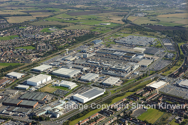 Jaguar Land Rover plant, Halewood, Knowsley, Merseyside from the Air - aerial photography by Simon Kirwan