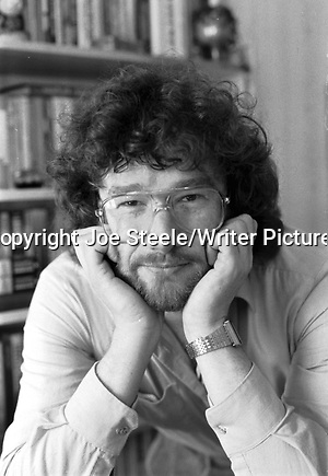 Scottish writer Iain Banks in April 1988 copyright Joe Steele/Writer Pictures contact +44 (0)20 822 41564 info@writerpictures.com www.writerpictures.com (Joe Steele/Writer Pictures)