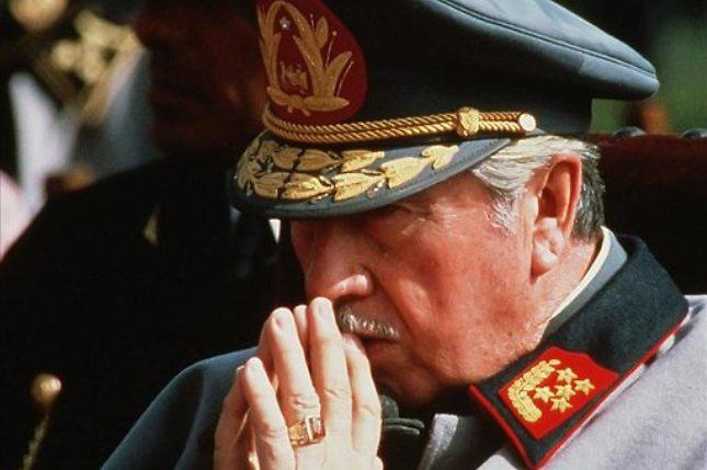 Augusto Pinochet, un ferviente católico