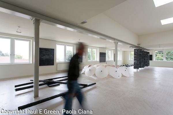 Art Studio Switzerland, Food, Travel, Architecture, Art (Paul Evan Green)