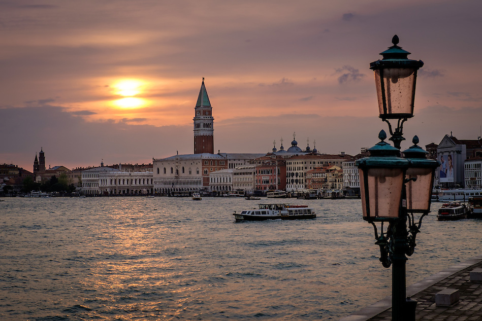 VENICE, ITALY - CIRCA MAY 2015: Sunset in Venice with view of the Gran Canal, Doge's Palace and tower of Piazza San Marco (Daniel Korzeniewski)