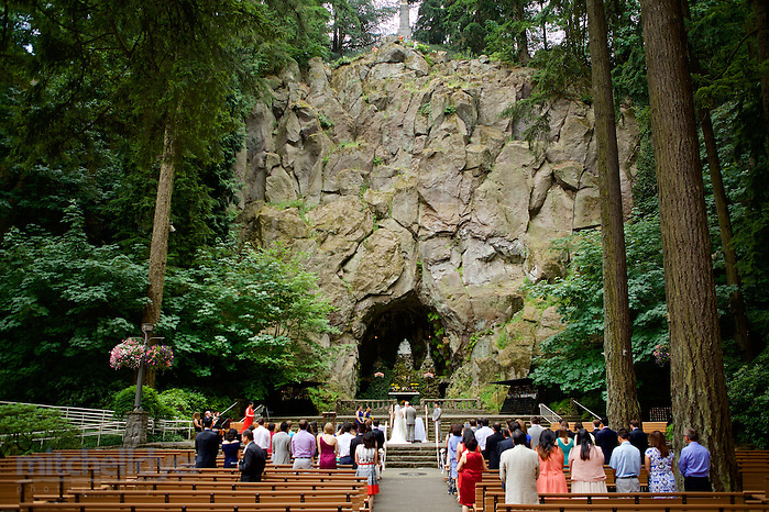 Photography by Portland Oregon Photographer Craig MItchelldyer www.craigmitchelldyer.com 503.513.0550 (Craig Mitchelldyer, Craig Mitchelldyer)