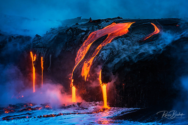 Lava flow entering the ocean at dawn, Hawaii Volcanoes National Park, The Big Island, Hawaii USA (© Russ Bishop/www.russbishop.com)