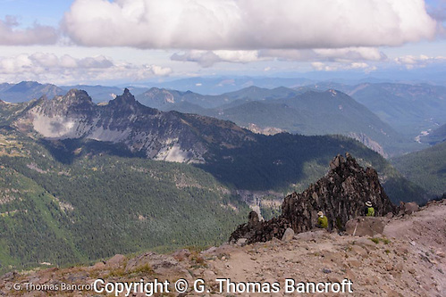 Looking north from Buroughs #3 across Mt Rainier National Park and up the Cascades. (G. Thomas Bancroft)