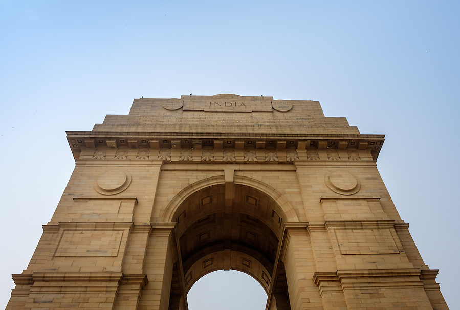 NEW DELHI, INDIA - CIRCA OCTOBER 2016: The India Gate, a popular tourist attraction in New Delhi. (Daniel Korzeniewski)