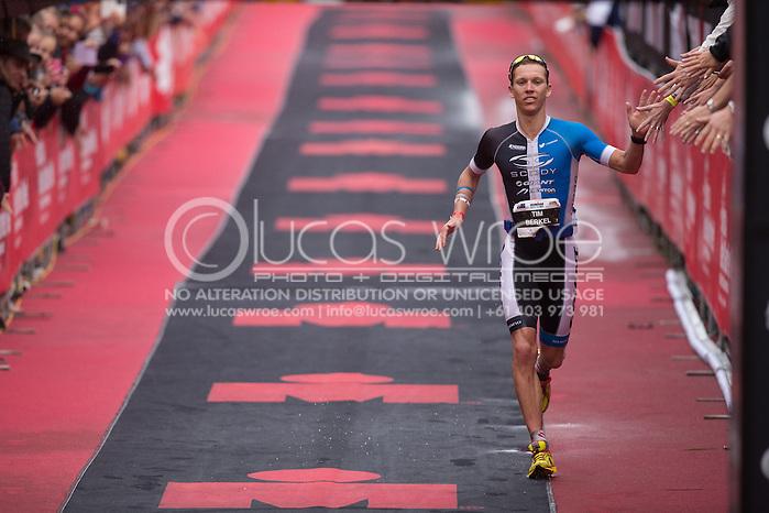 Tim Van Berkel (AUS), June 8, 2014 - TRIATHLON : Ironman Cairns / Cairns Airport Adventure Festival, Palm Cove - Captain Cook Highway - Cairns Esplanade, Cairns, Queensland, Australia. Credit: Lucas Wroe (Lucas Wroe)