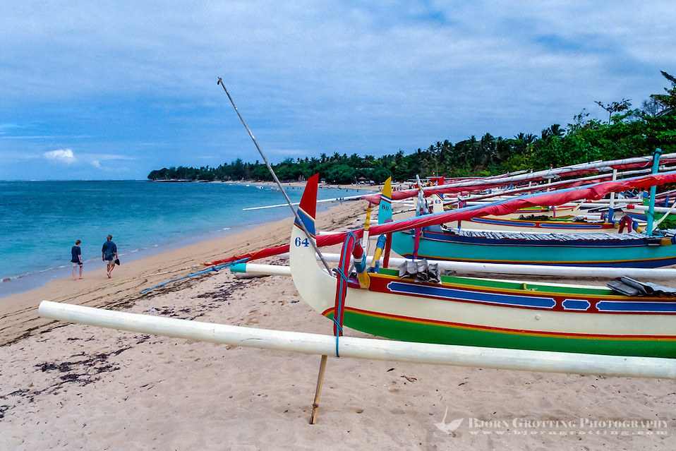 Bali, Denpasar, Sanur. Sanurs beach is long and lazy, you can swim, relax or rent a boat for sightseeing. (Bjorn Grotting)