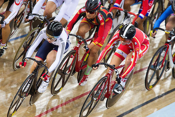 06 DEC 2014 - STRATFORD, LONDON, GBR - Laura Trott (GBR) (left) from Great Britain races with the pack during the women's Omnium 10km Scratch Race at the 2014 UCI Track Cycling World Cup at the Lee Valley Velo Park in Stratford, London, Great Britain (PHOTO COPYRIGHT © 2014 NIGEL FARROW, ALL RIGHTS RESERVED) (NIGEL FARROW/COPYRIGHT © 2014 NIGEL FARROW : www.nigelfarrow.com)