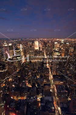 Evening view from the Empire state building in New York City October 2008 (Christopher Holt LTD - London UK/Image by Christopher Holt - www.christopherholt.com)
