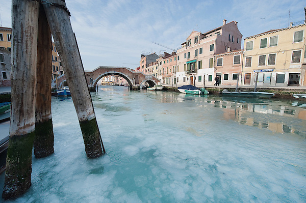 VENICE, ITALY - FEBRUARY 05:  A general view of the Canal of Cannaregio partially frozen on February 5, 2012 in Venice, Italy. Italy as most of Europe is under a spell of very cold weather, it is more than 20 years aince the Venice Lagoon last froze.  (Photo by Marco Secchi/Getty Images) (Marco Secchi/Getty Images)