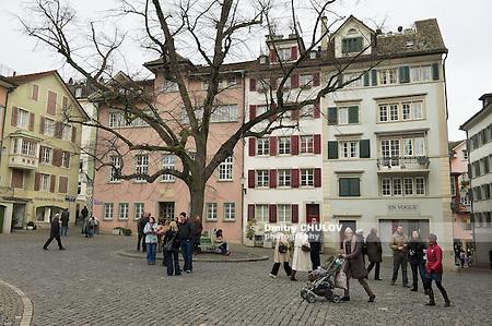 ZURICH, SWITZERLAND - DECEMBER 06, 2009: Unidentified people walk by the square in downtown Zurich, Switzerland. (Dmitry Chulov)