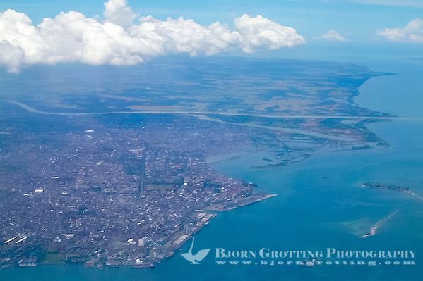 Indonesia, Sulawesi, Makassar. Makassar seen from airplane. (Photo Bjorn Grotting)
