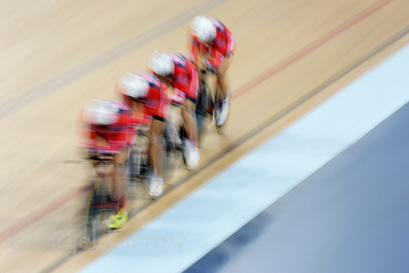 05 DEC 2014 - STRATFORD, LONDON, GBR - The team from the USA (USA) race around the track during qualifying for the Women's Team Pursuit at the 2014 UCI Track Cycling World Cup at the Lee Valley Velo Park in Stratford, London, Great Britain (PHOTO COPYRIGHT © 2014 NIGEL FARROW, ALL RIGHTS RESERVED) (NIGEL FARROW/COPYRIGHT © 2014 NIGEL FARROW : www.nigelfarrow.com)
