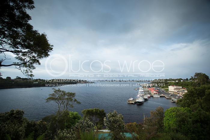 Strahan Harbour. Adventure Racing. Swisse Mark Webber Challenge 2013. Tasmania, Australia. 29/11/2013. Photo By Lucas Wroe (Lucas Wroe)