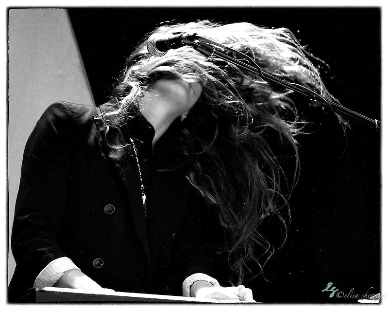 Beach House opening for the cancelled Vampire Weekend show 8-29-2010 at Marymoor Amphitheatre (Elisa Sherman)