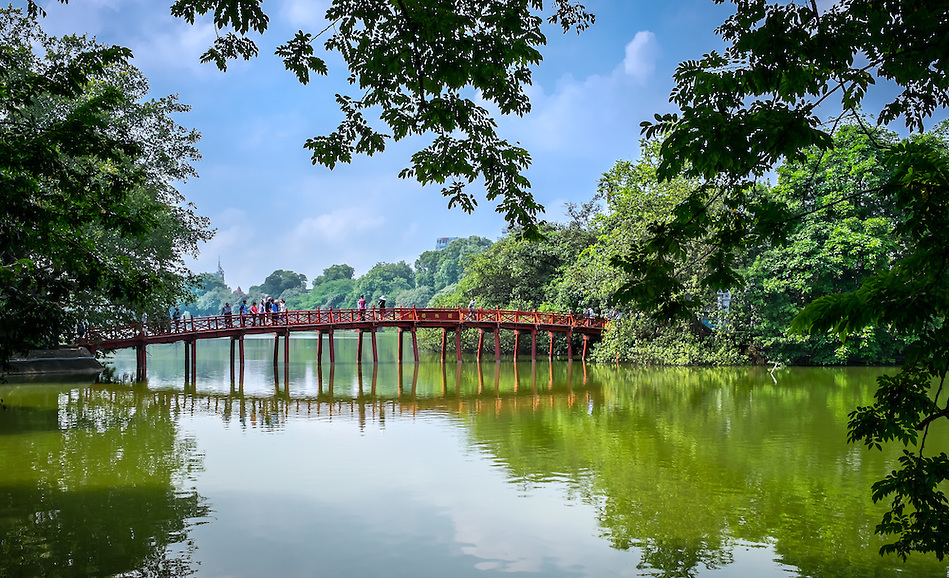 HANOI, VIETNAM - CIRCA SEPTEMBER 2014: View of the Huc Bridge, a famous landmark over the Hoan Kiem Lake, in Hanoi. (Daniel Korzeniewski)