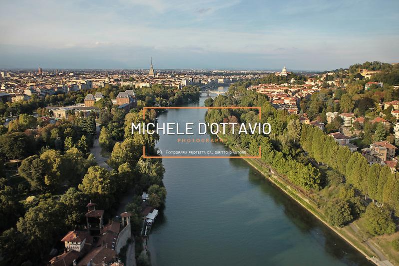 Torino  Parco Fluviale del Po detto anche Po dei Re per le Residenze Sabaude presenti lungo il fiume. (Michele D'Ottavio)