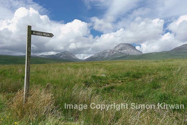 Evans Walk & the Paps of Jura, Inner Hebrides, Scotland - Photo By Simon Kirwan