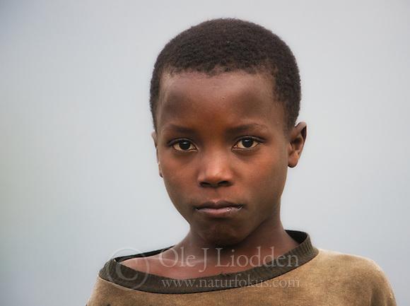 Arican boy in Rwanda (Ole Jørgen Liodden)