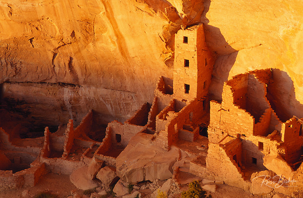 Evening light on Square Tower House Ruins, Mesa Verde National Park (World Heritage Site), Colorado (Russ Bishop/Russ Bishop Photography)