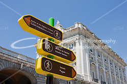 directions in madrid for walkers (Christopher Holt LTD London UK/Image by Christopher Holt - www.christopherholt.com)