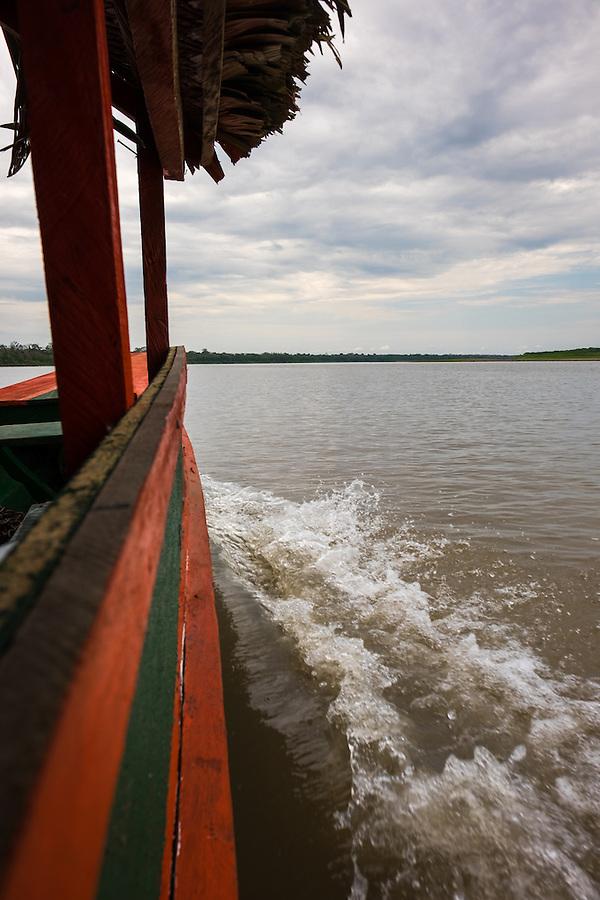 LORETO, PERU - CIRCA OCTOBER 2015: Local motorboat in the Ucayali river in the Peruvian Amazon. (Daniel Korzeniewski)