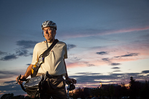 Alaska Airlines pilot, Rick Zimmer, on his bicycle, returning home from the airport after a quick round-trip flight to Seattle. (Clark James Mishler)