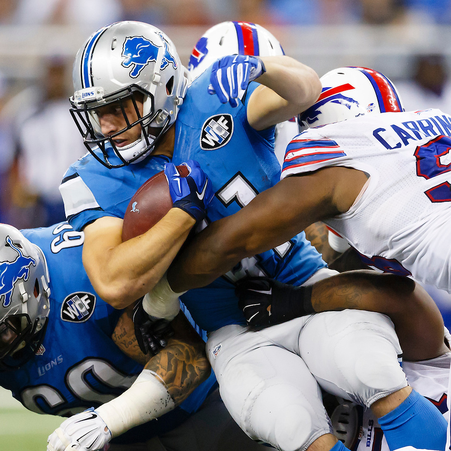 Detroit Lions running back Zach Zenner (41) rushes against the Buffalo Bills during an preseason NFL football game at Ford Field in Detroit, Thursday, Sept. 3, 2015. (AP Photo/Rick Osentoski) (Rick Osentoski/AP)