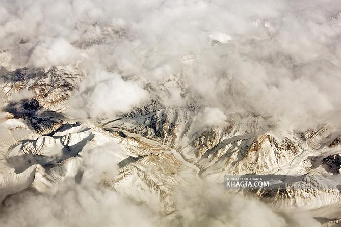 The Great Himalayan Mountain Range at Ladakh in Winters (Himanshu Khagta)