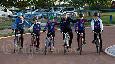 12 MAY 2015 - IPSWICH, GBR - Ipswich Eagles' riders practice a drill during a training session at Whitton Sports and Community Centre in Ipswich, Suffolk, Great Britain (PHOTO COPYRIGHT © 2015 NIGEL FARROW, ALL RIGHTS RESERVED) (NIGEL FARROW/COPYRIGHT © 2015 NIGEL FARROW : www.nigelfarrow.com)