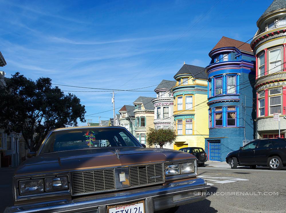 Belles demeures de style victorien sur Central Avenue, Haight-Ashbury, San Francisco. In Victorian style beautiful residences on Central Avenue, Haight-Ashbury, San Francisco. (francois renault)